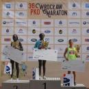 36. PKO Wrocław Maraton za nami – krasnale zbiało-czerwoną flagą wręczone
