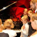 Niesłyszące dzieci zaśpiewały dla Niepodległej
