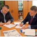 Burmistrz podpisał umowę na projekt obwodnicy