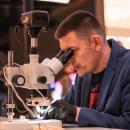 """""""Gra otron"""" powstała pod mikroskopem"""