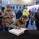 Nobel dla Tokarczuk - transmisja na wrocławskim Rynku